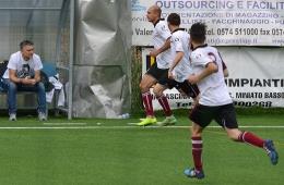 DSC_0084_Il gol della Castelnuovese-Angelotti festeggiato dai compagni